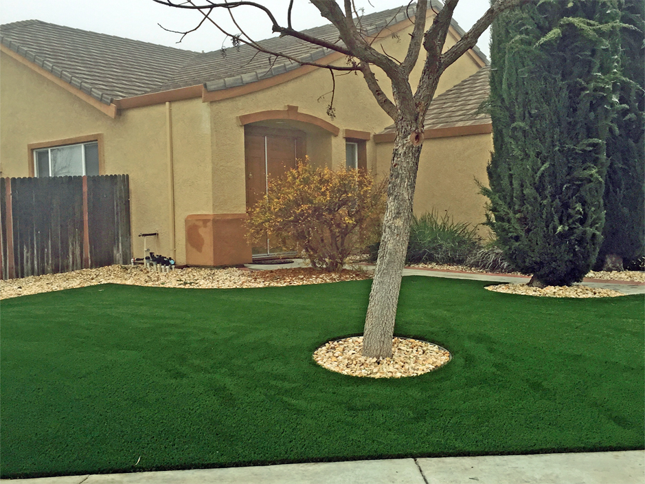 Arizona Front Yard Landscaping Ideas Part - 38: Artificial Lawn Gilbert, Arizona Backyard Playground, Landscaping Ideas For Front  Yard